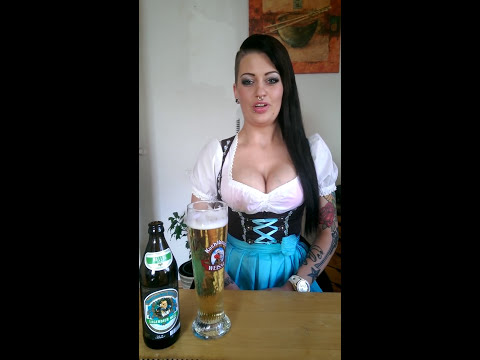Neknomination Social Drinking Game Bavarian Girl Yodeling Bier-Nominierung