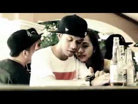 BREEZY BOYZ ft. KEJS BREEZY - TIWALA (OFFICIAL MUSIC VIDEO).flv