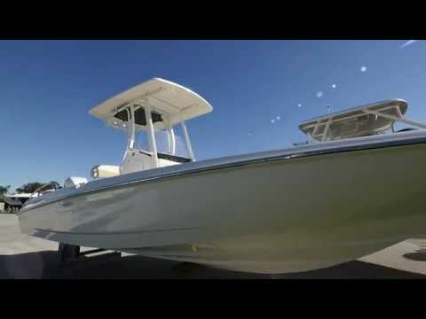 2018 Boston Whaler 240 Dauntless Boat For Sale at MarineMax Ft. Myers