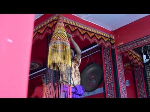 Toraja: la región indonesia en la que los vivos conviven con los muertos