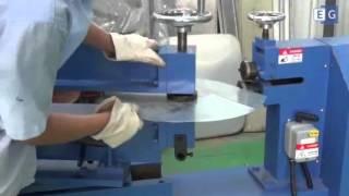 Электрические ножницы для резки металла по кругу(Ножницы роликовые круговые серии DCU представляют собой стационарное электромеханическое оборудование..., 2015-11-24T00:36:25.000Z)