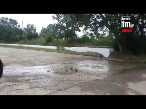 В Керчи произошел очередной прорыв водовода