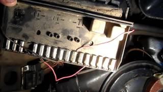 Какие есть проблемы с блоком предохранителей в ВАЗ 2104 выпуска 1988 г Гаражный механик