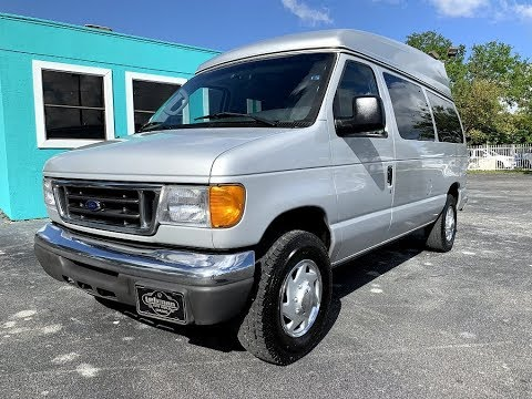 2007 FORD ECONOLINE E350 SUPER DUTY XLT WITH PLATAFORM WHEELCHAIR LIFT READY TO WORK