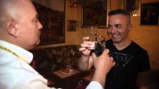 прикол, итальянец пьет водку