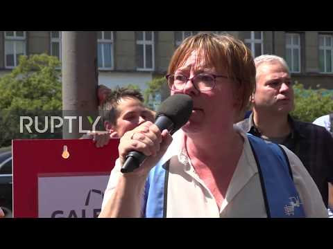 germany:-employees-protest-against-karstadt-department-store-closures-in-berlin