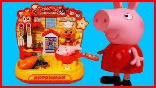 粉紅豬小妹佩佩豬用麵包超人廚房玩具做早餐了