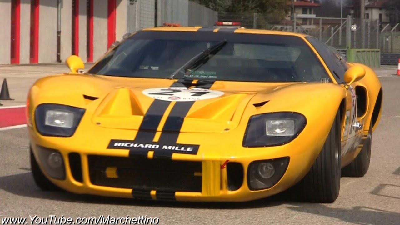 ford gt40 mk2 loud exhaust sound on track youtube. Black Bedroom Furniture Sets. Home Design Ideas
