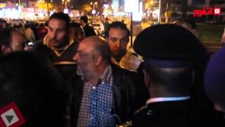 سائق تاكسي للواء بالداخلية: «عصر مبارك رجع تاني» (اتفرج)
