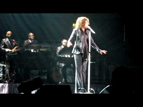 Whitney Houston - I Look To You - Nottingham HD