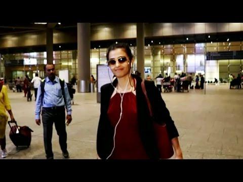 Hot Radhika Apte Spotted At The Mumbai...