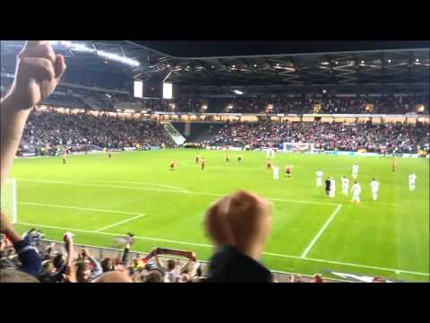 MK Dons 4-0 Manchester United