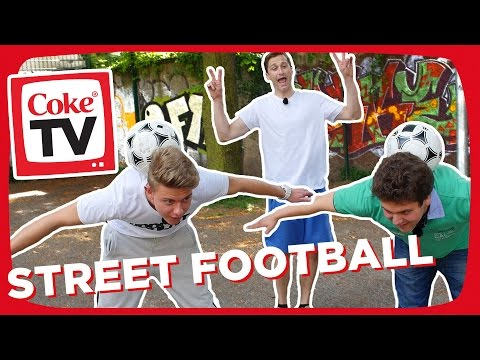 Street Football: Jonas zeigt seine Skills | #CokeTVMoment