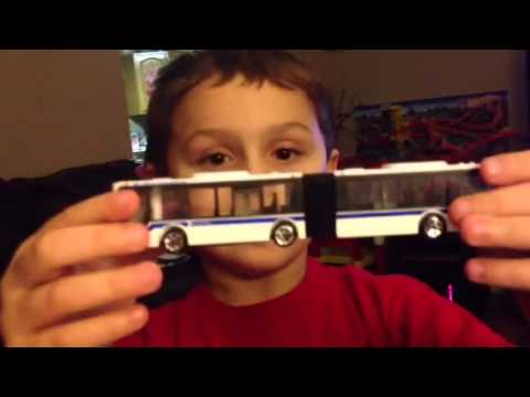 Tomica Articulated Bus