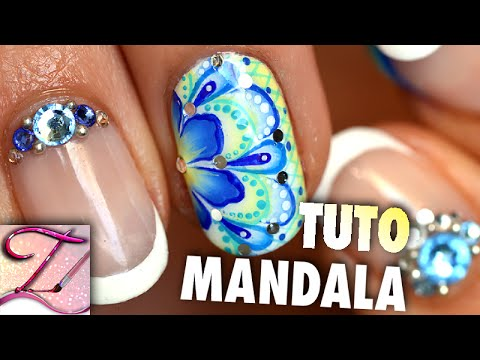 tuto nail art mandala printanier sur mes ongles courts. Black Bedroom Furniture Sets. Home Design Ideas