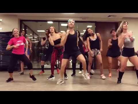 Quer Mais - MC Pocahontas feat Mirella  Coreografia - Justin Neto Gabily e Gleice Damasceno