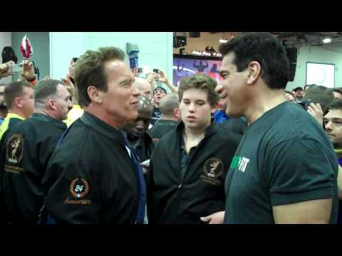 Arnold Schwarzenegger and Lou Ferrigno at Arnold Classic Expo 2012