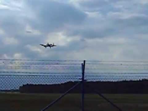 Guźce , A-10 Thunderbolt w 32 bazie lotniczej w Łasku // lotnisko Łask