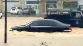 Banjir Teruk Di Kuantan 2013 | Kapal Selam Tebabo!!