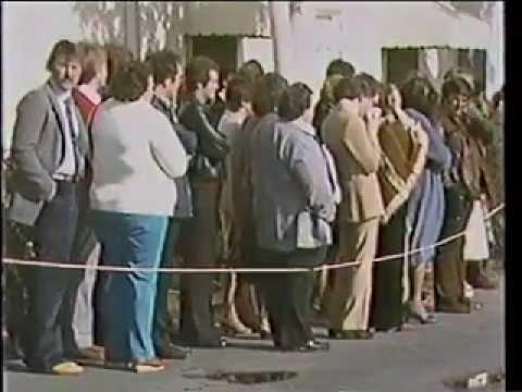 The Carpenters - Rare Footage of Karen Carpenter's Funeral (February 8, 1983)