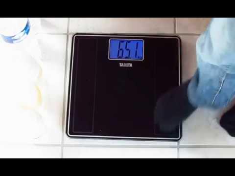 Электронные весы анализаторы состава тела Tanita BC 587 - YouTube