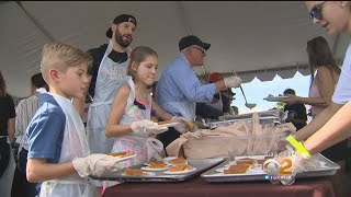 'we Give Thanks' Dinner Feeds Thousands In Orange County