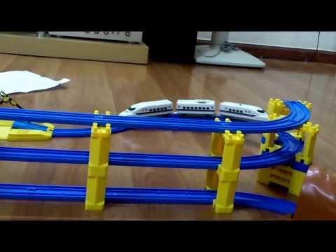 Thomas trains, my design rail track. Tàu hỏa Thomas Tomica, đồ chơi cho trẻ em tuyệt vời )