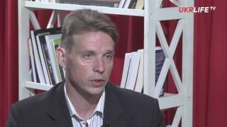 В России в 2014 году «Правый сектор» упоминался в СМИ так часто, как и «Единая Россия»,   Лихачёв