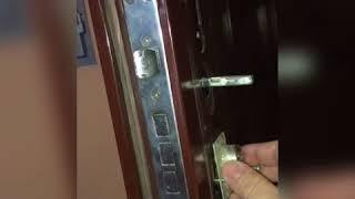 видео Демонтаж замка с железной двери
