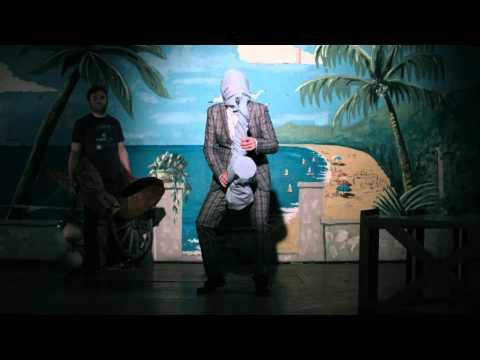 Don Clemenza (official Videoclip) by Hildegard Lernt Fliegen