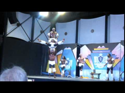 TEMPLE AFRICAN ACROBATS
