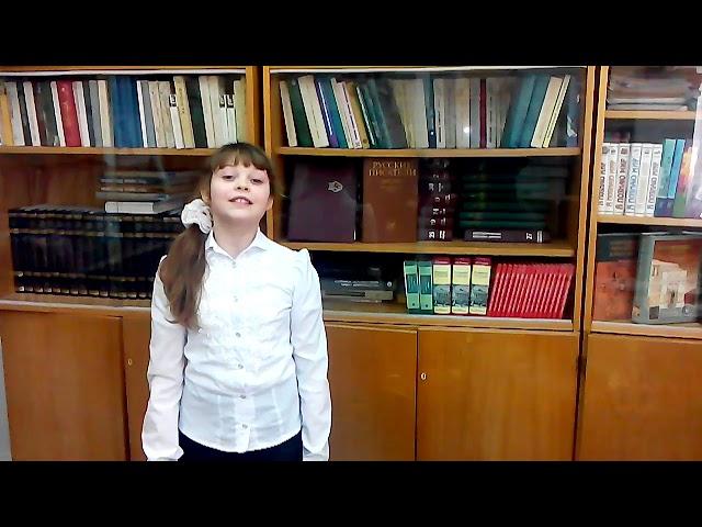 Изображение предпросмотра прочтения – КираЧугунова читает произведение «Ветхая избушка» А.А.Блока