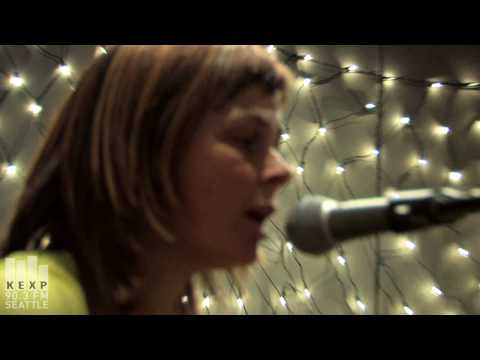 """KEXP 90.3 FM presents The Vaselines performing """"Molly's Lips"""" live in studio. Recorded 5/13/09. www.kexp.org."""