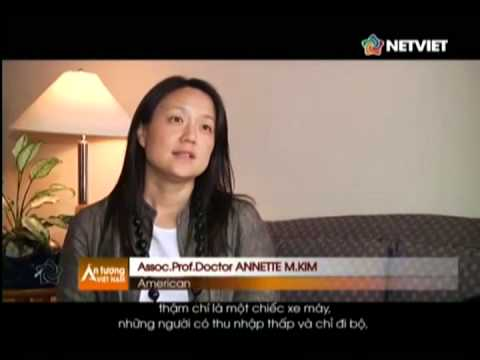 Associate Professor Annette Kim was featured in national Vietnamese TV program about the sidewalk culture and economy of Ho Chi Minh City.