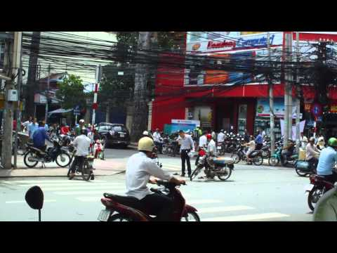 20100807-Ẩu đả do va quẹt xe trên đường phố Sài Gòn