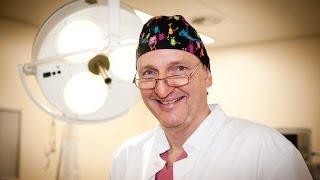 Sanfte Krampfaderbehandlung(Dr. Zierau hat sich mit seinen Praxiskliniken in Berlin und Rostock auf die sanfte Behandlung von Krampfadern spezialisiert. In diesem Clip wird beispielsweise ..., 2014-03-24T18:59:05.000Z)