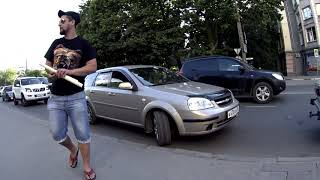 "СтопХам Крым - ""Доставка еды на тротуар"""
