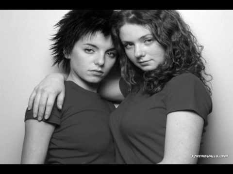 t.A.T.u. - Gomenasai (English Lyrics)