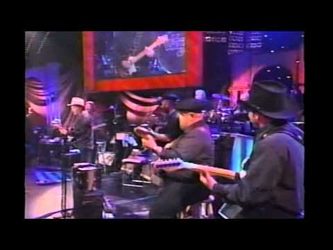"""Merle Haggard - """"I Think I'll Just Stay Here and Drink"""""""