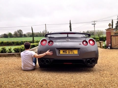 Living With A Nissan GTR  (Nissan GTR Review)