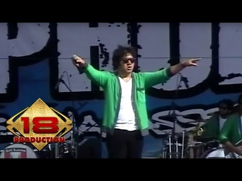 Download lagu terbaik Naif - Curi Curi Pandang  (Live Konser Lampung 16 Maret 2008) gratis