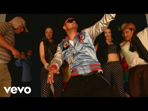 Chingo Bling - Banda Makes Her Dance (Explicit)