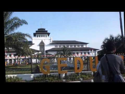 Indonesia Tour 2015 Pop Jawa Medley