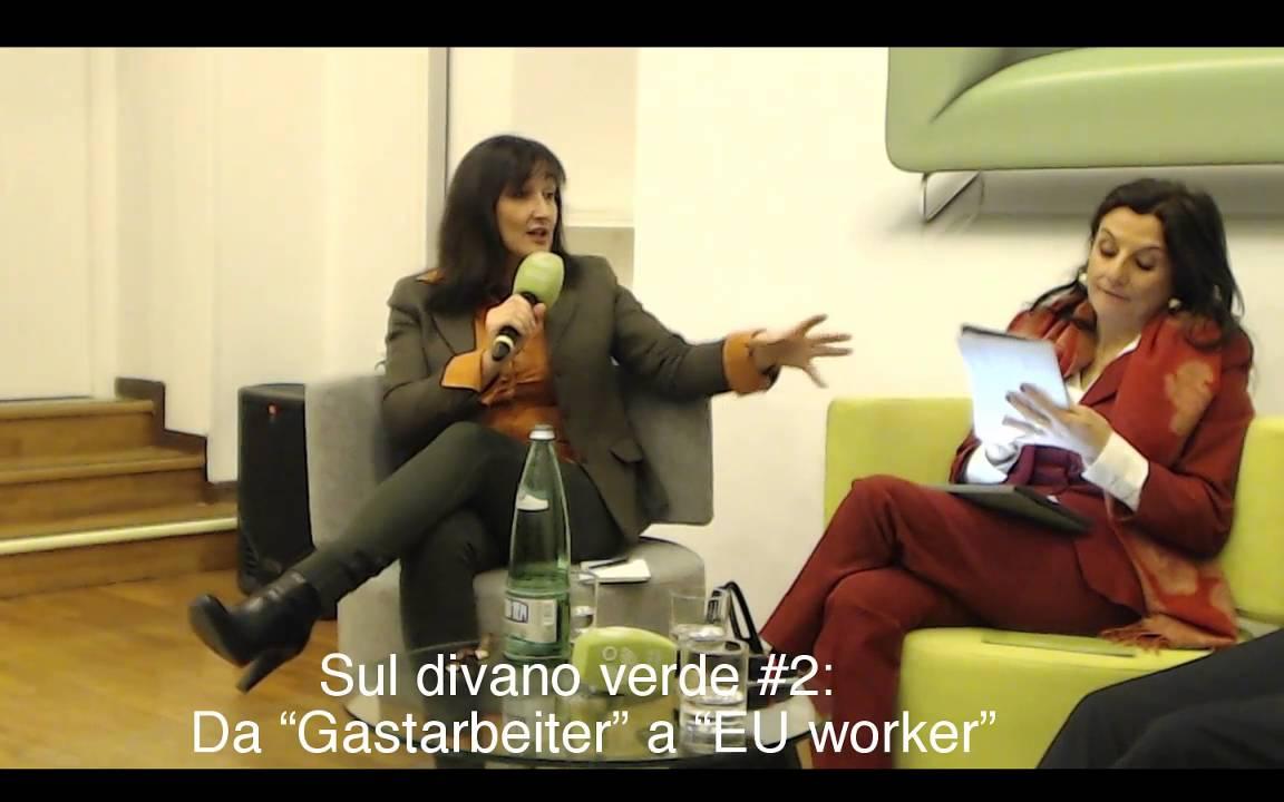 Sul divano verde 2 da gastarbeiter a eu worker youtube - Divano anni 30 ...