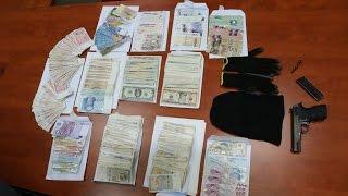 Trojica pljačkaša, naoružni automatskim oružjem, opljačkali banku na Ilidži, prilikom bijega ubili s