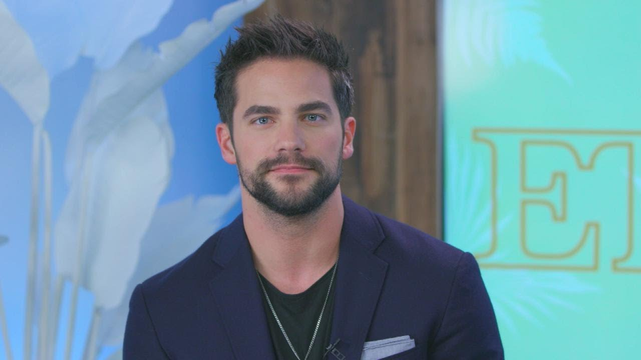 Brant Daugherty Talks Stripping Down for 'Fifty Shades Freed' and if Noel  Returns in 'PLL' Spinof…