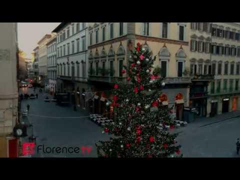 🚀 DRONE | Firenze, L'albero Di Natale In Piazza Duomo Visto Col Drone
