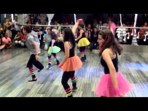 Coreo Baile moderno niños grupo de  Bily Fin de Curso 2012-2013