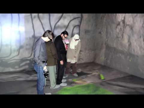 VR Virtual Cave Room