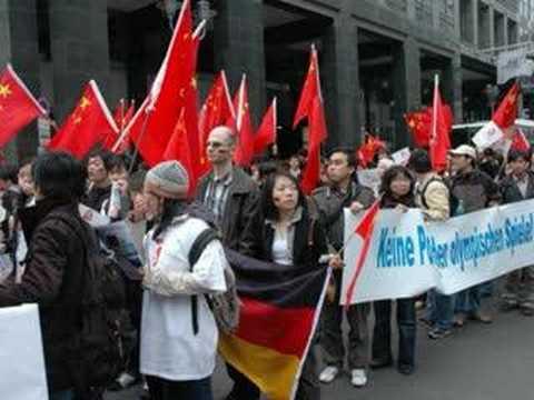 April 19 World News: Pro Olympic Rally Around the World